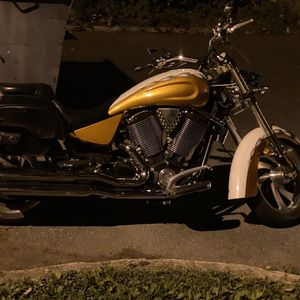 Victory king pin 1540cc V-twin for Sale in Reading, PA