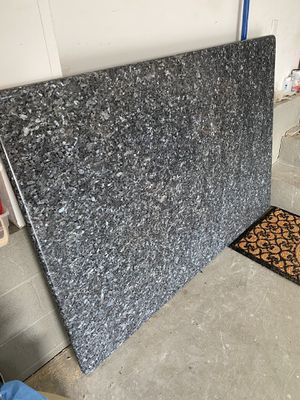 GRANITE FOR KITCHEN ISLAND for Sale in Mahwah, NJ