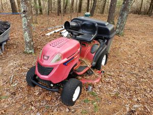 Toro GT2200 Lawn Tractor for Sale in Bridgewater, MA