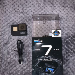 """GoPro Hero 7 Black 4K """"Like New Condition"""" (No Sd Card) for Sale in Bloomington, CA"""
