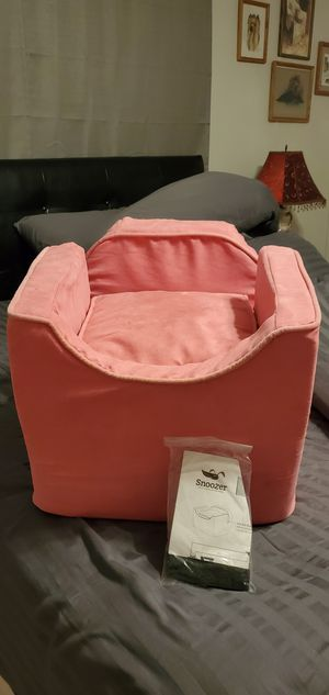 Snoozer Pet Car seat Pink for Sale in Laurel, DE