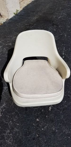 2 Boat Pedestal Seats with bases for Sale in Miami, FL