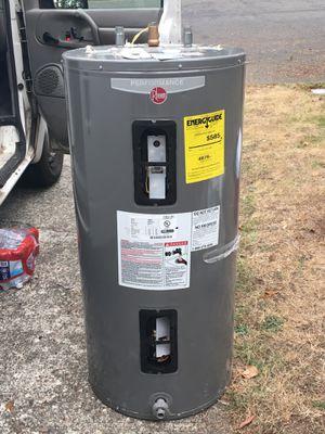 Rheed 50 gallon water heater for Sale in Tacoma, WA