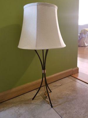 Very nice metal lamp for Sale in Los Angeles, CA