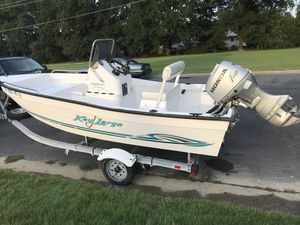 2002 Key Largo, 17 foot, center console for Sale in Chester, VA