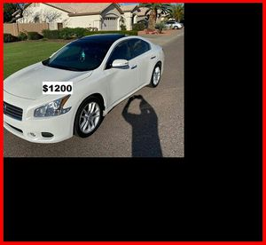 $12OO I sell URGENT my family car 2OO9 Nissan Maxima Runs and drives great! Clean title. for Sale in Sioux Falls, SD