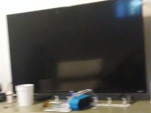 41 inch tcl Roku tv for Sale in Salt Lake City, UT