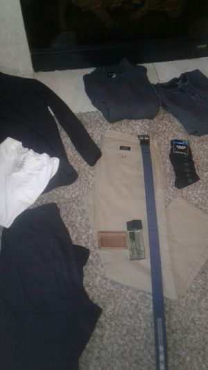 Men's clothes. Banana republic, Eddie Bauer, Calvin Klein, underamour, Reebok and more some New for Sale in Spanaway, WA