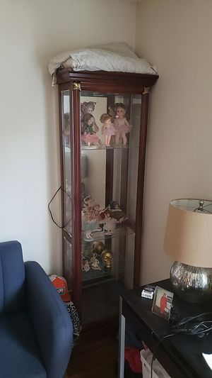 Curio cabinet for Sale in Denver, CO