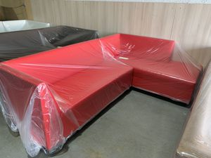 Red sectional couch never used for Sale in Doral, FL