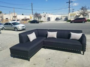 NEW 7X9FT DOMINO BLACK FABRIC SECTIONAL CHAISE for Sale in San Clemente, CA