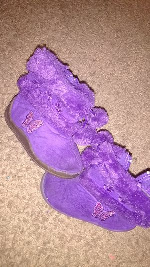 Girls Toddler Snow boots size 4 for Sale in Nashville, TN
