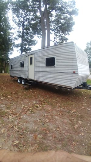 2004 travel trailer for Sale in New Caney, TX
