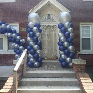 Balloon Columns and Arch for Sale in Detroit, MI