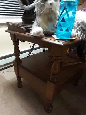 FREE lamp table. for Sale in Kent, WA