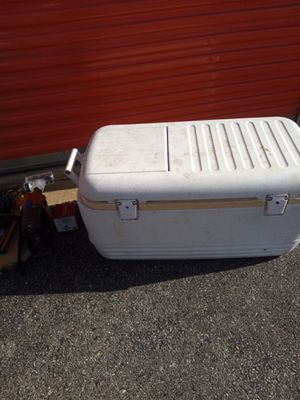 X large cooler for Sale in Hyattsville, MD