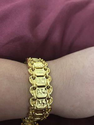 "$60 each bracelet 8"" gold plated still available for pick up in Gaithersburg md20877 for Sale in Gaithersburg, MD"