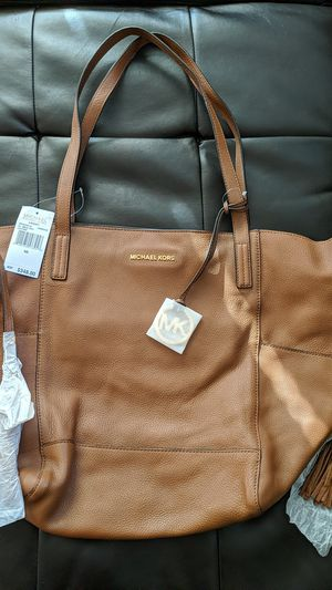 Michael Kors Leather Tote Bag purse - Never used for Sale in Denver, CO