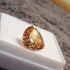 6.0 carat champagne sapphire for Sale in Reidsville, NC