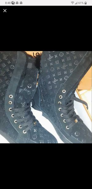 Louis vuitton boots size 6 for Sale in San Jose, CA