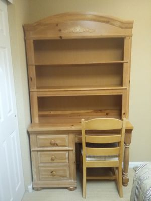 Solid wood desk with chair $100 for Sale in Osage Beach, MO