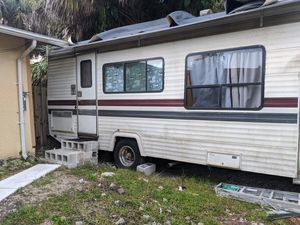 Mobile home for Sale in Naples, FL