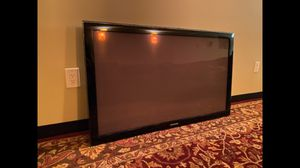 Samsung 50 inch Plasma display TV with wall mount for Sale in Seattle, WA
