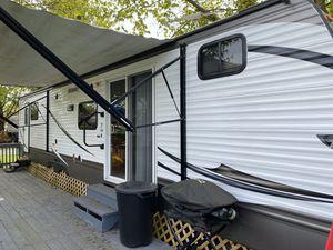 38' Keystone Hideout Luxury BDHS for Sale in Bethel Park, PA