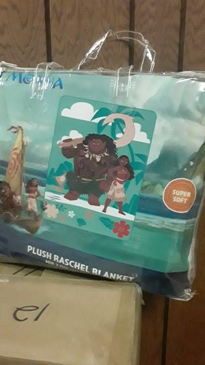 Moana plush blanket for Sale in Sterling Heights, MI