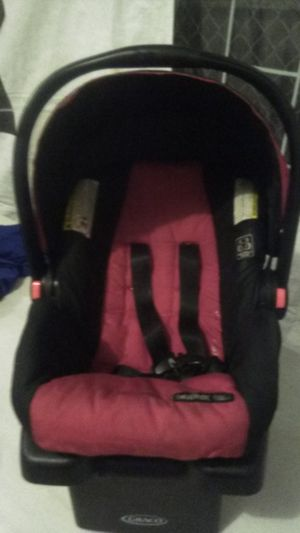 Baby car seat $25 will deliver near by for Sale in Lynwood, CA