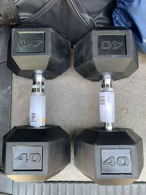 40lb dumbbell set for Sale in Naugatuck, CT
