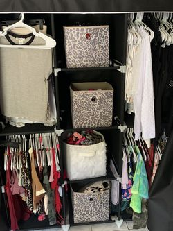 Medium Portable closet for Sale in Orlando,  FL