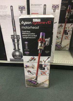 Dyson Cyclone V10 for Sale in Orlando, FL