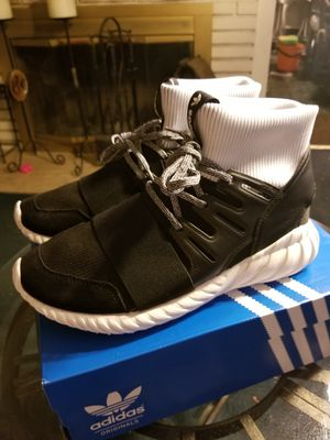 Adidas Tubular Doom Men's Size 9 for Sale in Los Angeles, CA
