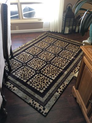 Gorgeous Leopard Print Rug for Sale in Los Alamos, NM