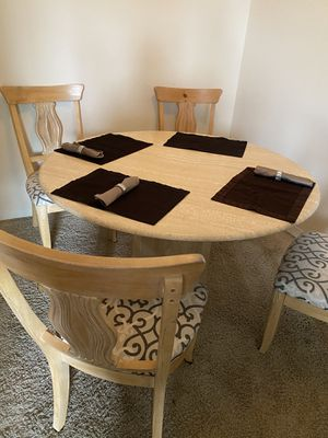 Marble round table with 4 chairs - good as new! for Sale in Columbus, OH