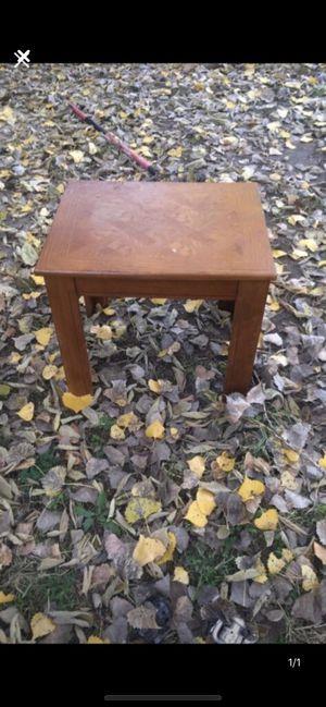 little coffee table for Sale in Wichita, KS
