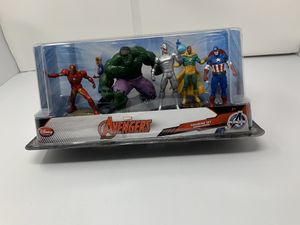 Marvel's Avengers Disney Store exclusive Figurine Set (Brand New) for Sale in Washington, DC