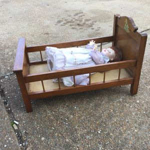 Vintage Wooden Doll Bed And Susie Sunshine Doll for Sale in Ballwin, MO