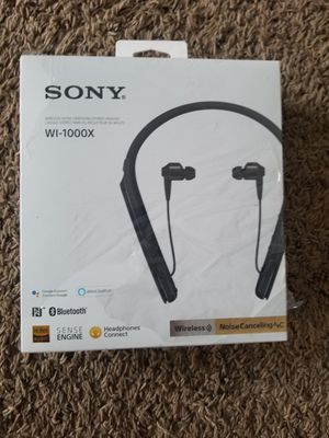 Sony - 1000X Premium Wireless Noise Cancelling Behind-the-Neck Headphones - Black. New!!! Sealed. Pick up only!!! for Sale in Los Angeles, CA