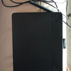 Wacom Drawing Tablet for Sale in Port Richey,  FL