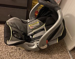 Grace Car Seat, Base and Stroller set for Sale in Albuquerque, NM