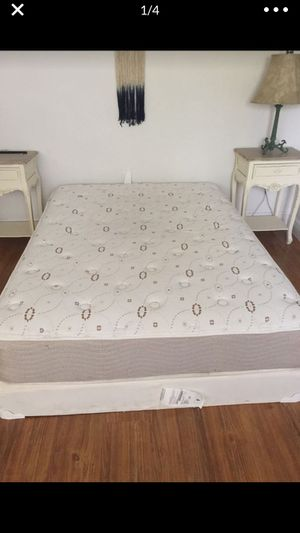 Free full size mattress and box spring for Sale in FL, US