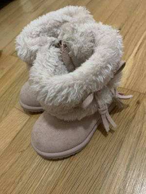 Size 5 Boots Girls Toddler for Sale in Whittier, CA