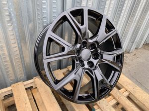 """20"""" Chevy GMC Rims 6x139.7 Gloss Black for Sale in Hayward, CA"""
