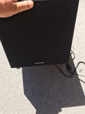 Monoprice 60 watt powered subwoofer for Sale in Kennewick, WA