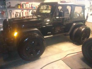 17 inch Jeep wheels and tires. Set of 5 for Sale in St. Louis, MO