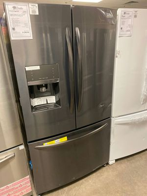 New Frigidaire Black Stainless Refrigerator Counter Depth 1yr Manufacturer Warranty for Sale in Gilbert, AZ