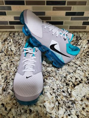 Nike Vapormax size 5y for Sale in Garland, TX