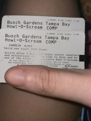 2 Howl-O-Scream Tickets for Sale in Melbourne, FL